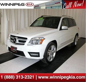2012 Mercedes-Benz GLK-Class *Loaded w/ Pano. Sunroof & More!*