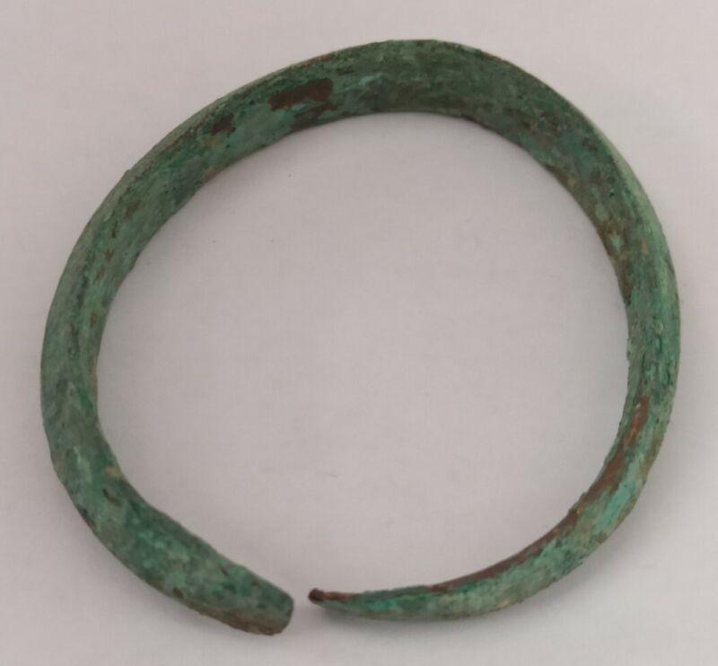 PREHISTORIC BRONZE AGE EUROPE BRONZE BRACELET SNAKE HEAD TERMINALS 3000-1500 BC.