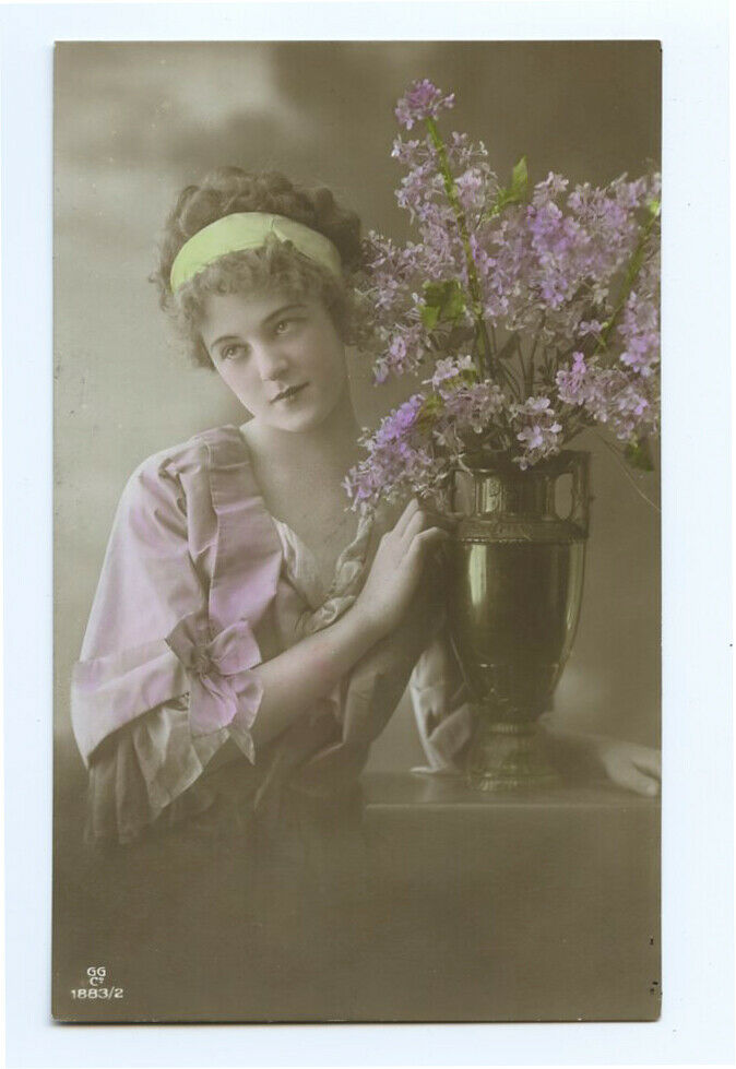 1910s Fashion SIMPLY BEAUTIFUL Lady Beauty Glamour Antique Photo Postcard - $11.25