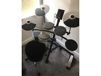 Roland electric drum kit and amp