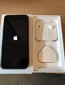 IPhone 7 32GB Black EE (8 months apple warranty)