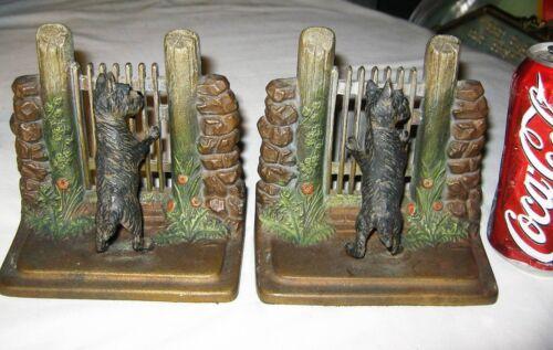 """BEST!!""  ANTIQUE B&H BRADLEY HUBBARD CAST IRON DOG & FENCE ART STATUE BOOKENDS"