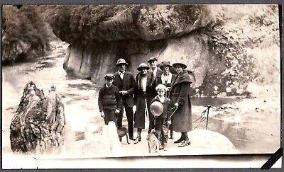 VINTAGE PHOTOGRAPH 1920'S WOMENS MENS FASHION DOGS GREEN RIVER WASHINGTON PHOTO - Mens 1920s Fashion