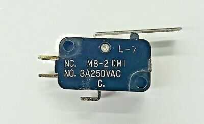 Mulon M8-2dm1spdt- On-on Standard Lever Micro Switch 3a 250v Ac