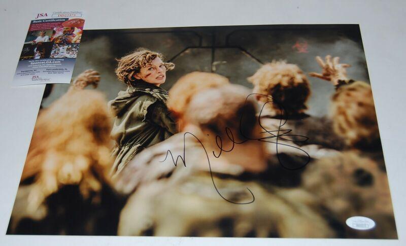 MILLA JOVOVICH signed (RESIDENT EVIL) 11x14 photo *ALICE* PROOF JSA Authentic #6