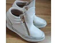 Hi-Tops with built in Wedge
