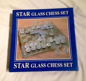 Glass Chess Set 20cm x 20cm Board. Frosted & Clear Playing Pieces. Complete VGC.