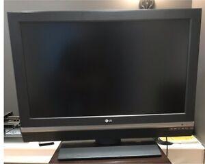 Télévision écran plat LG 37 pouces