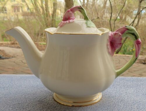 Royal Winton Cream Hibiscus Teapot Pink Floral
