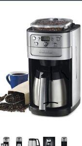 cafetière automatique neuve Cuisinart DGB-900bcc