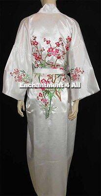 Bestickte Satin-robe (Bestickt Blumen Design Handgefertigt Seide Satin Kimono Robe W / Taillenband,)