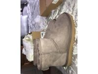 Storm grey mini ugg boots size 4.5