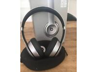 Beats Solo 2 wireless headphones - special edition space grey