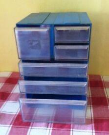 DRAW BOX STORAGE ( SLOT TOGETHER ) 6 DRAWERS - nice bargain £ 5