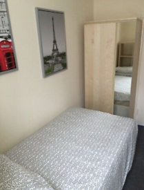 Double Studio flat in Westbourne Park available