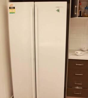 Westing house 610L Fridge Freezer Chermside Brisbane North East Preview