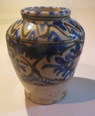 Vase très ancien bleu et beige – un petit trou sur flanc -