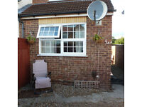 LOVELY 1 Bed House with Garden