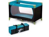 Hauk travel cot / playpen with proper cot matress