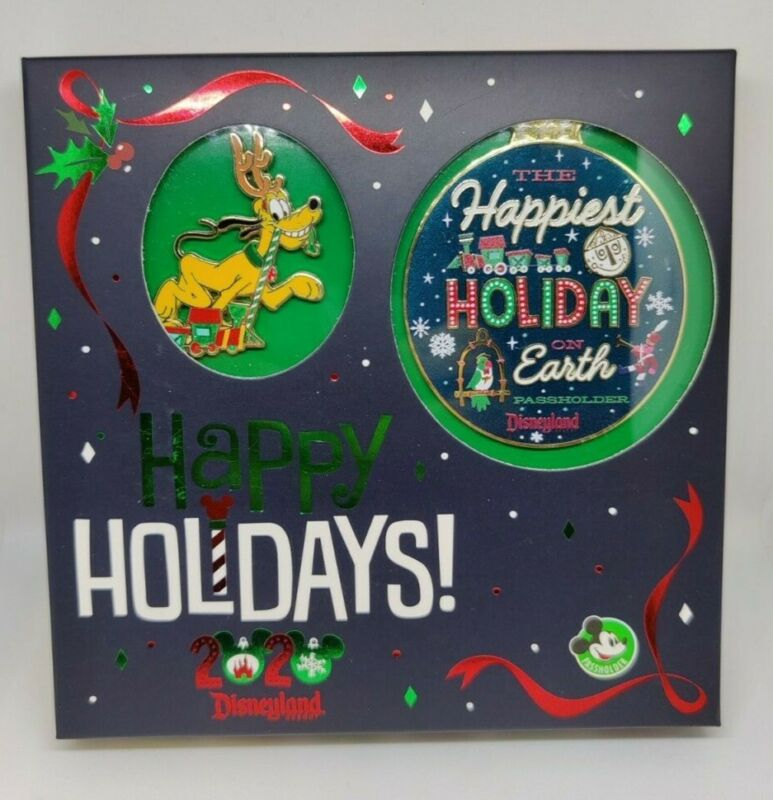 Pluto Happy Holidays 2020 DLR AP Passholder LE 1000 Pin & Happiest Ornament Set