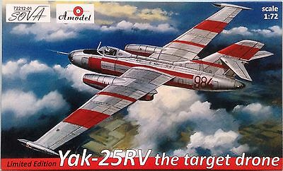 """YAKOVLEV YAK-25RV """"THE TARGET DRONE"""" AMODEL 72212-0 1/72 LIMITED IDITION"""