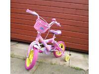 Peppa Pig 12 inch bike in pink.