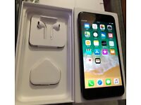 Apple iPhone 7 Plus - 256GB - Black (Unlocked) Almost new, purchased July 2017