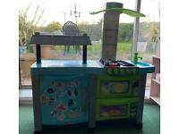 Children's play kitchen Chad valley toy with sound and light kids chef