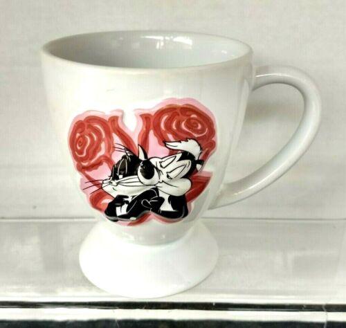 """Pepe Le Pew & Penelope Cat """"Warner Bros"""" Embossed 12oz Coffee/Tea Mug Cup"""