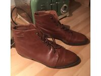 Gorgeous Russell & Bromley vintage tan/brown leather ankle boots (size 6/5.5) - RRP £130