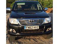 Toyota Hilux invincible auto 4x4 (NO VAT!!!)