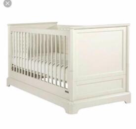 Mamas and Papas Orchard cot bed