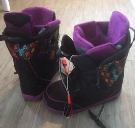 Ladies branded Snowboard boots size 6