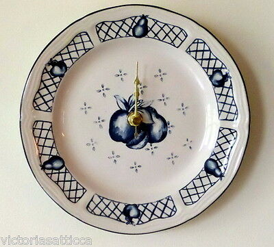 Collectible NEWCOR Cobalt Blue & White Fruit/Apples/Pears Plate Wall Clock
