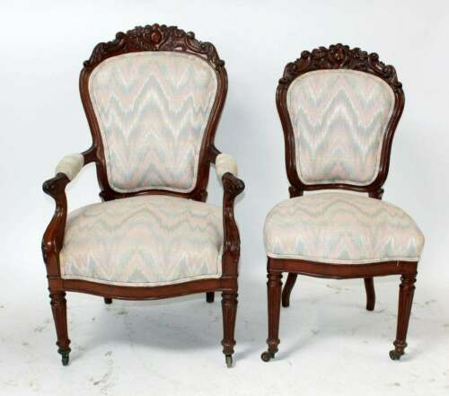 Pair of Early 20th Cent. American Victorian Parlor Chairs in Mahogany