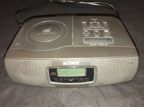 SONY ALARM CLOCK Model ICF CD820 CD player AM FM radio tuner receiver ICFCD820
