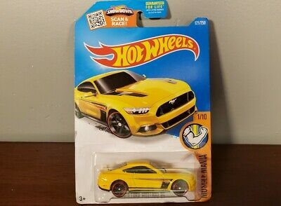 2015 Ford Mustang GT Hot Wheels  121/250 Muscle Mania 1/10 DHR32-D9B0D
