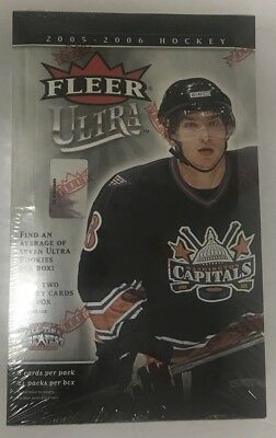 2005-06 Fleer Ultra Factory Sealed Hobby Hockey Box ()