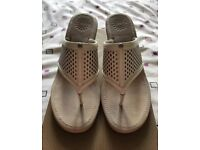 Ugg Solena Sandals - size 5.5