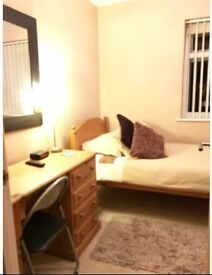 Room available in Old Marston