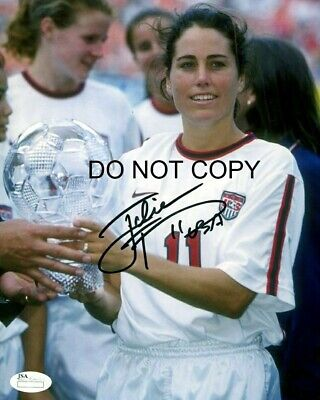 Julie Foudy Signed 8x10 Autographed REPRINT PHOTO US Women's Soccer RP Us Womens Soccer 8x10 Photo