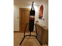 DOMYO Free-Standing Punch Bag Stand and Pro Power 4ft Punch Bag 20kg approx