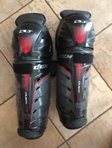 Hockey shin pads CCM