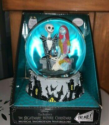 Nightmare Before Christmas Jack & Sally with Zero Halloween Musical Snowglobe
