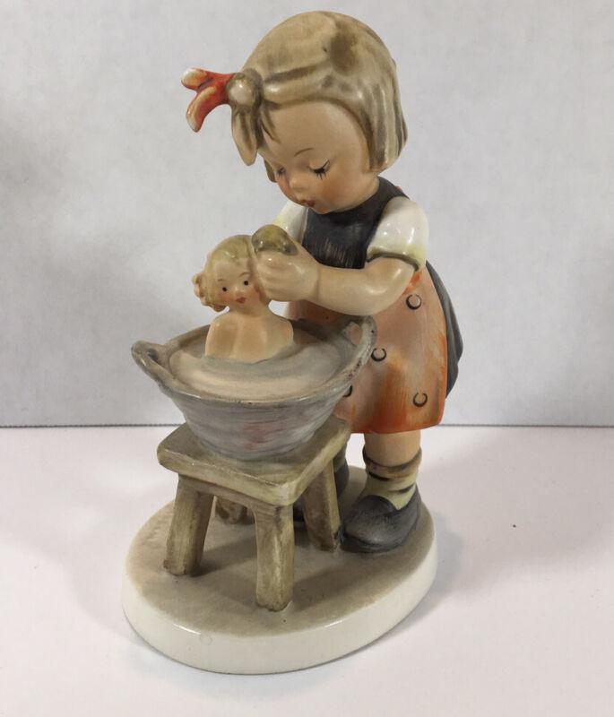 "Vintage Goebel HUMMEL W. Germany 319 baby DOLL BATH 5"" Girl FIGURINE"