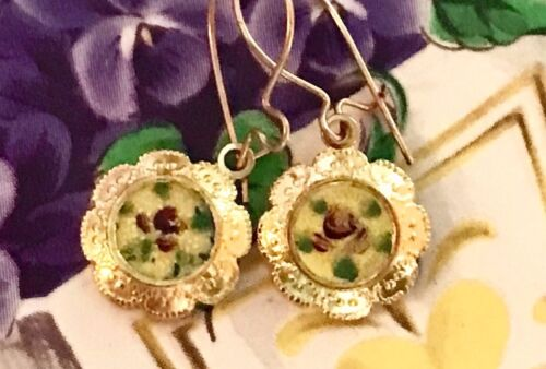 Vintage Sarah coventry earrings, Guilloche Enamel Gold Plated Flower Dangle G16E