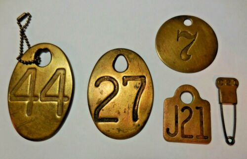 Vintage Primitive Brass Cow Tags & Laundry Tag Pin ~ Lot of 5 Pieces