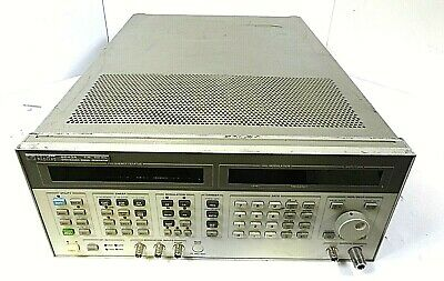 Hp 8643a - 0.26-1030 Mhz Synthesized Signal Generator - Free Shipping
