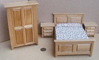 1:12 Scale Four Piece Light Oak Wooden Bedroom Set Dolls House Miniature 4437
