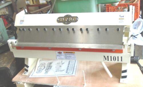 """SHOP FOX M1011 24"""" ADJUSTABLE PAN & BOX BRAKE"""